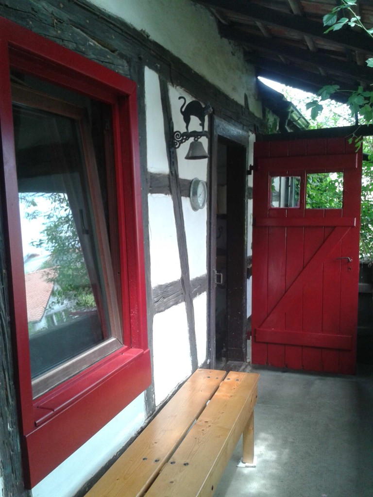 Tür rot
